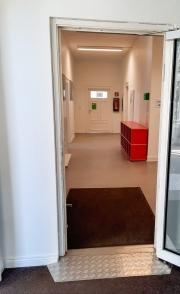 barrierefreier-Zugang-Erdgeschoss-Medienhaus-1